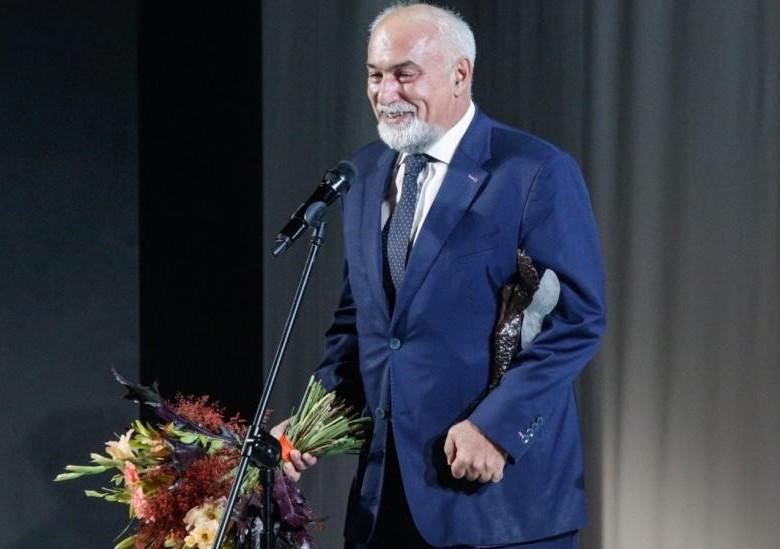 Cartea soaptelor – Varujan Vosganian – O mandrie nationala!
